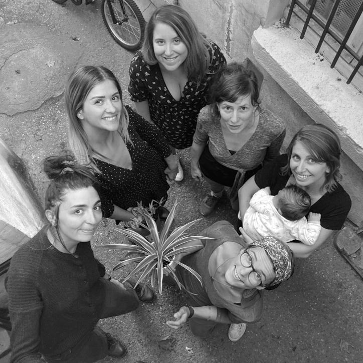 De gauche à droite :  Sianou, Satin Studio, Blooming Day, Fox Trope, Atelier de Lu, Créations Vulli  (et en guest-star Pio)